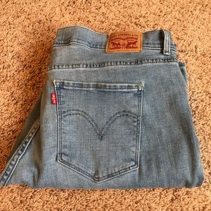 Levi's boot cut light washed jeans